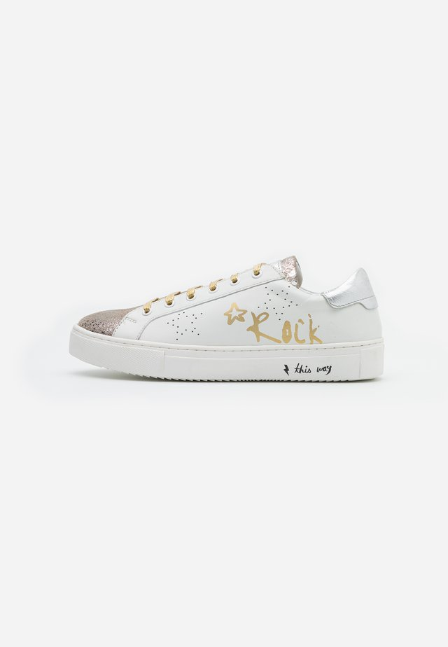 LULLABY - Sneakers basse - blanc/or