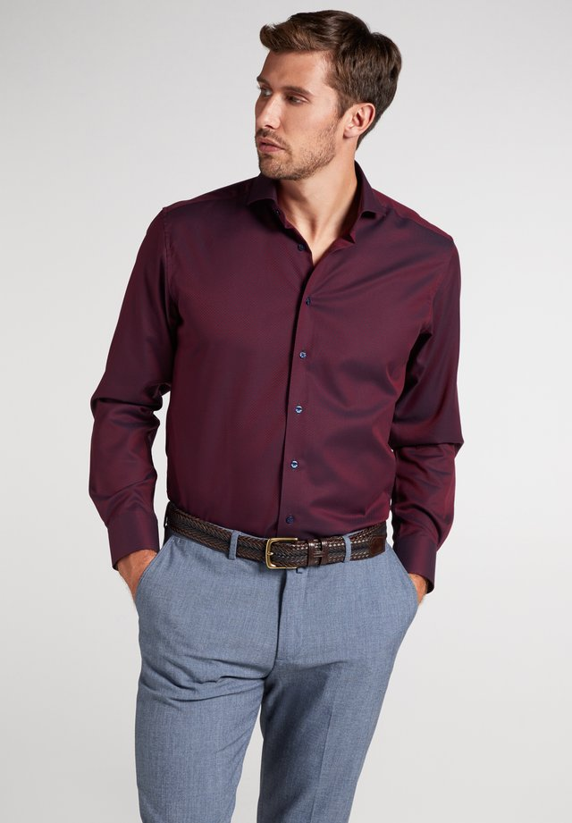 MODERN FIT - Overhemd - bordeaux