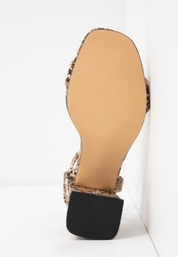 Office Wide Fit - MILLIONS WIDE FIT - Sandals - brown - 6