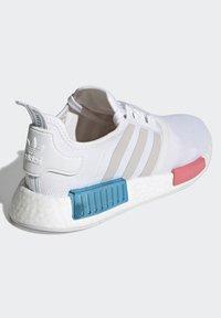 adidas Originals - NMD_R1  - Joggesko - footwear white/grey one/hazy rose - 3
