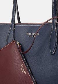 kate spade new york - LARGE TOTE SET - Tote bag - blazer blue - 6