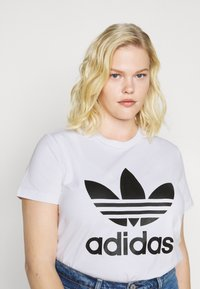 adidas Originals - TREFOIL TEE - T-shirt con stampa - white/black