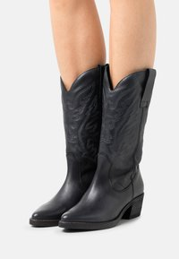 mtng - TEO - Cowboystøvler - black - 0