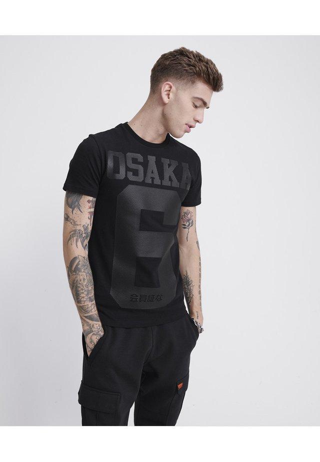 OSAKA  - Print T-shirt - black tonal