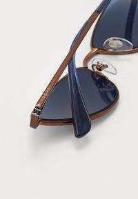 VOGUE Eyewear - Sluneční brýle - copper/blue - 2
