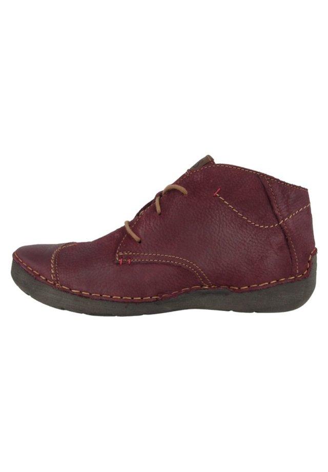 FERGEY - Sznurowane obuwie sportowe - bordeaux