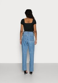 Missguided Petite - Straight leg jeans - blue - 2