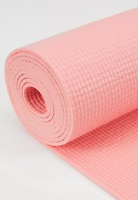 Casall - EXERCISE MAT BALANCE - Fitness / yoga - energized pink - 2