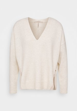 FUZZY V-NECK WITH SIDE SLITS - Trui - ivory melange