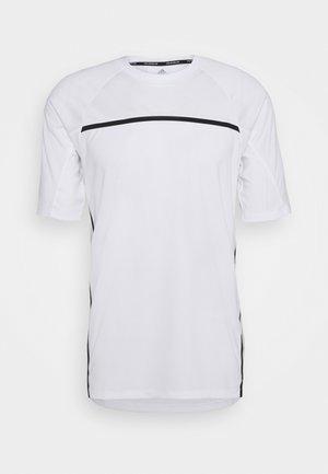 PRIMEBLUE TEE - T-shirt con stampa - white
