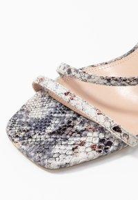 Dune London - MIGHTEYS - Sandály na vysokém podpatku - silver - 2