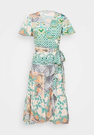 CORDELIA WRAP DRESS - Maxi šaty - multi