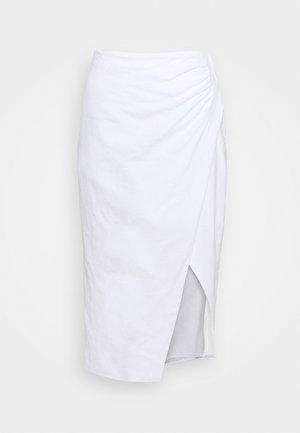 WEBEX STRUCTURE MIDI - Pencil skirt - white