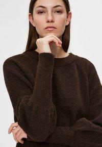 Selected Femme - Sweatshirt - coffee bean - 3