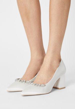 ESTER - Classic heels - ivory