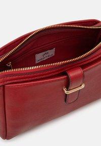 Anna Field - Across body bag - dark red - 2
