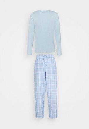 Pyjamas - light blue/white
