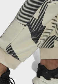 adidas Performance - Träningsbyxor - black/white - 5