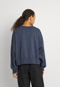 Nike Sportswear - CREW - Sudadera - deep royal blue - 2