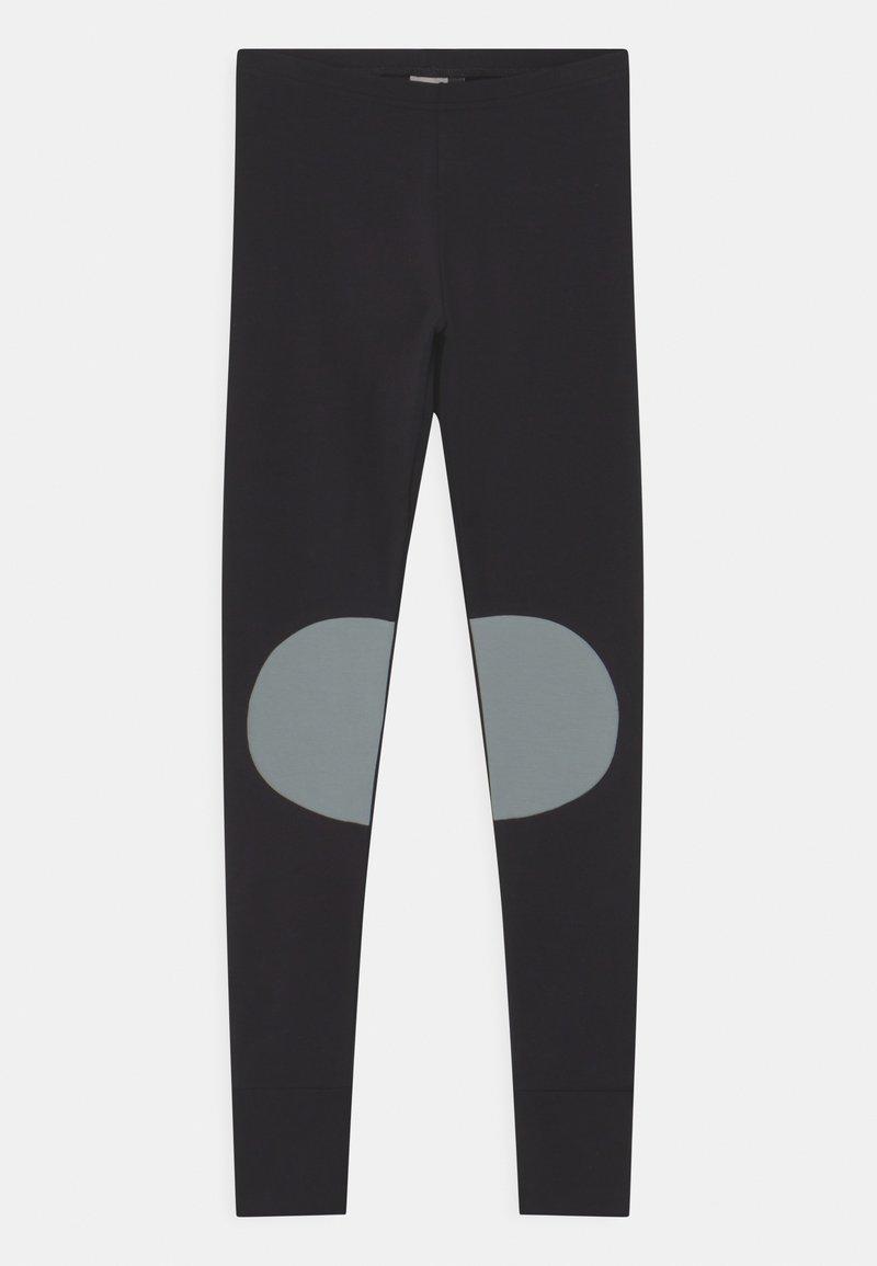 Papu - PATCH UNISEX - Leggingsit - black