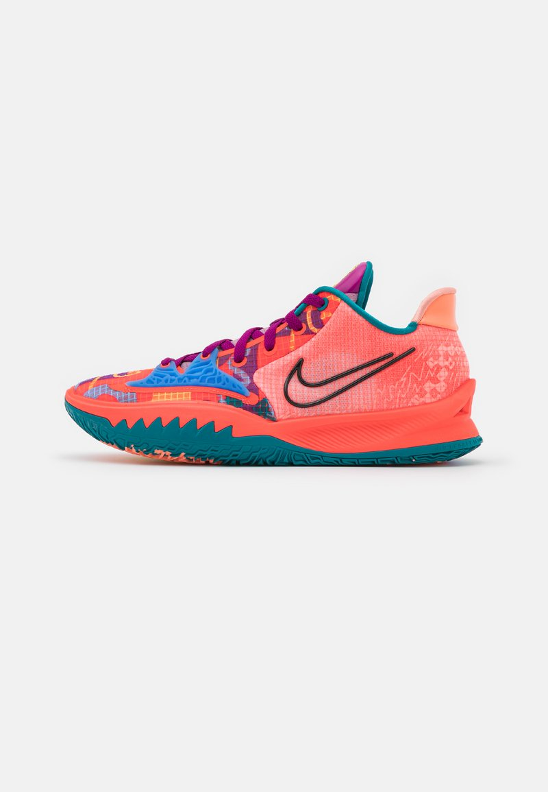 Nike Performance - KYRIE LOW 4 - Basketball shoes - bright crimson/black/red plum