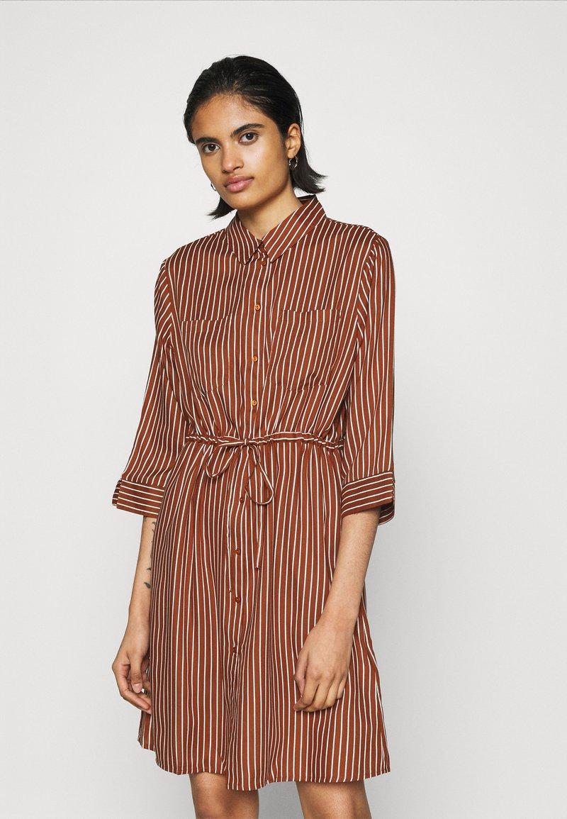 ONLY - ONLTAMARI DRESS - Shirt dress - tortoise shell/cloud dancer