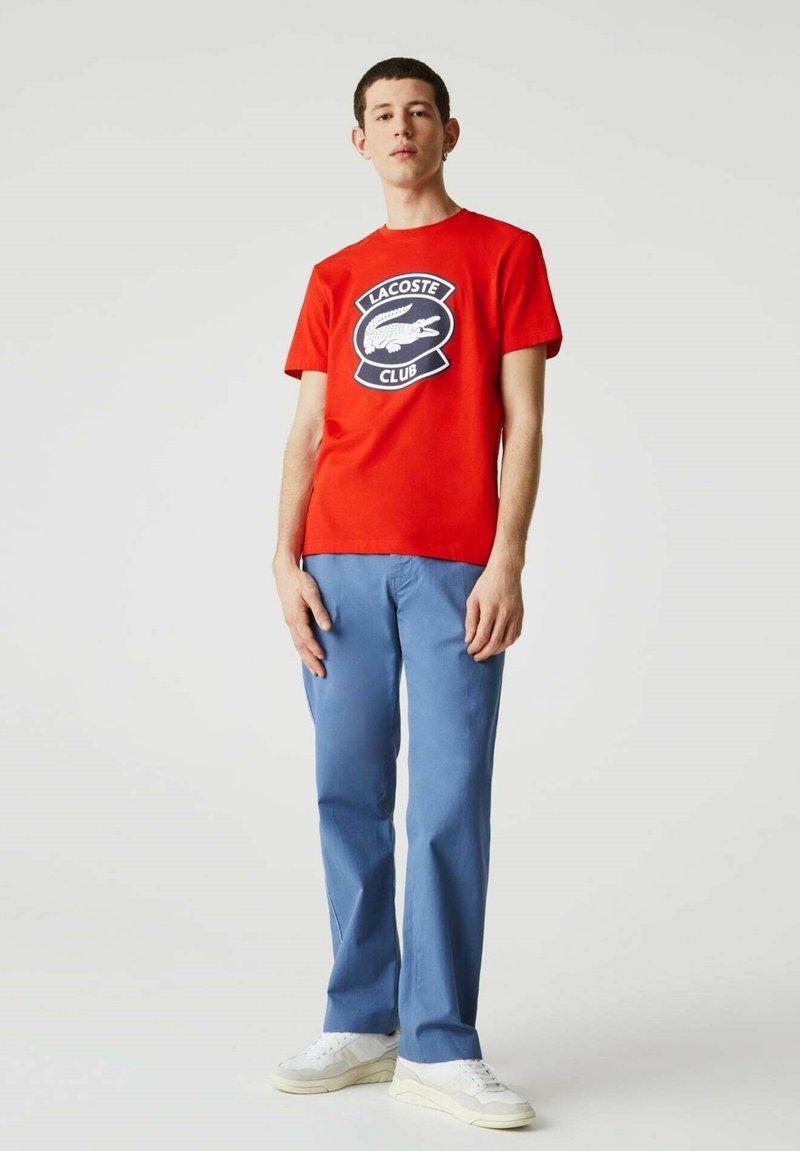 Lacoste - Print T-shirt - rouge