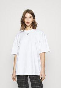 adidas Originals - TEE - T-shirts basic - white - 0