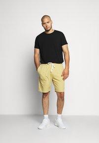 Jack´s Sportswear - DRAWSTRING - Shorts - sand - 1