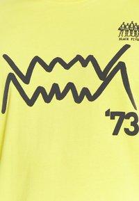 Puma - Long sleeved top - yellow - 3