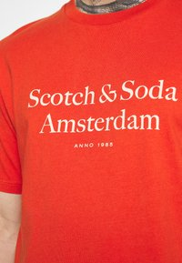Scotch & Soda - LOGO ARTWORK  - T-shirt med print - chilli pepper - 3