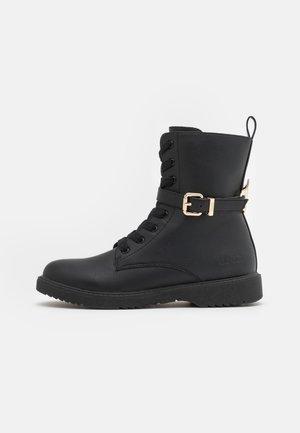 PAT - Veterboots - black