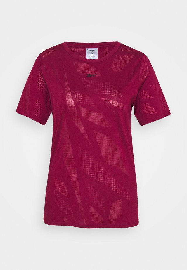 BURNOUT TEE - T-shirt con stampa - punch berry