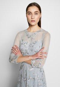 Adrianna Papell - BEAD COVERED - Sukienka koktajlowa - blue heather - 4