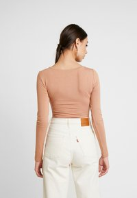 Even&Odd - 2 PACK BODYSUIT BASIC - Long sleeved top - camel/black - 3