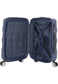 Stratic - ARROW 2 4-ROLLEN KABINENTROLLEY 55 CM - Wheeled suitcase - blue - 4