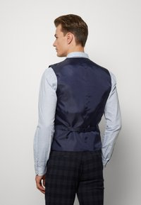Ben Sherman Tailoring - MIDNIGHT TEXTURED CHECK SUIT - Completo - navy - 4