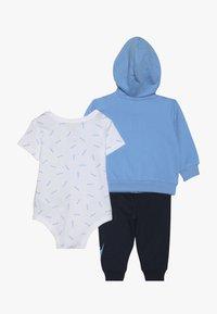 Nike Sportswear - TOSS PANT BABY SET - Body - midnight navy - 1