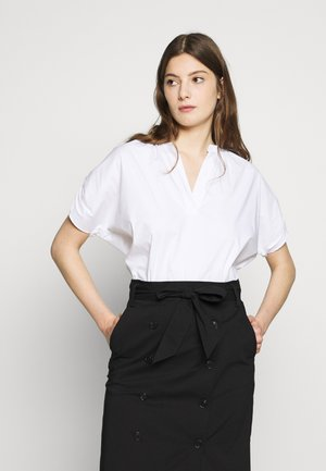 EXCLUSIVE VNECK BLOUSE - Bluzka - white
