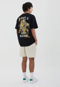 PULL&BEAR - STWD-SLOGAN - Print T-shirt - black - 3