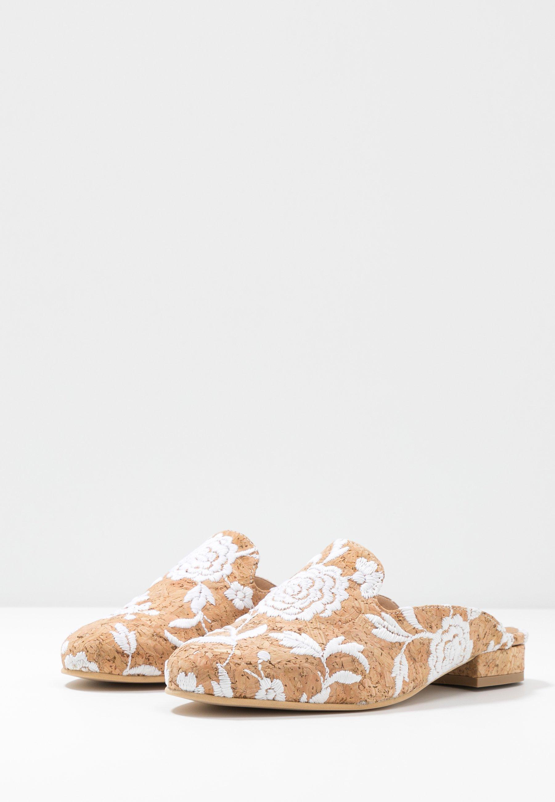 NAE Vegan Shoes VERO - Mules - white - Mules & Sabots femme Qualité