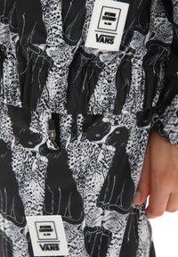 Vans - VANS x OPENING CEREMONY LEOPARD JACKET - Summer jacket - opening ceremony black - 3