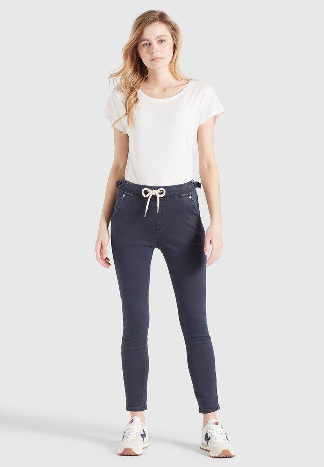 NAURU - Jeans slim fit - navy co