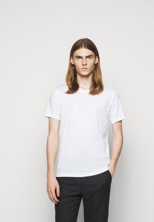 ALTAIR - Jednoduché triko - pure white