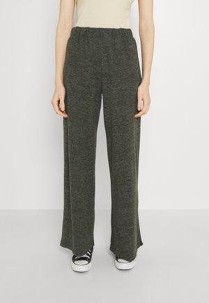 NMSTATE WIDE PANTS - Pantalones - rosin melange