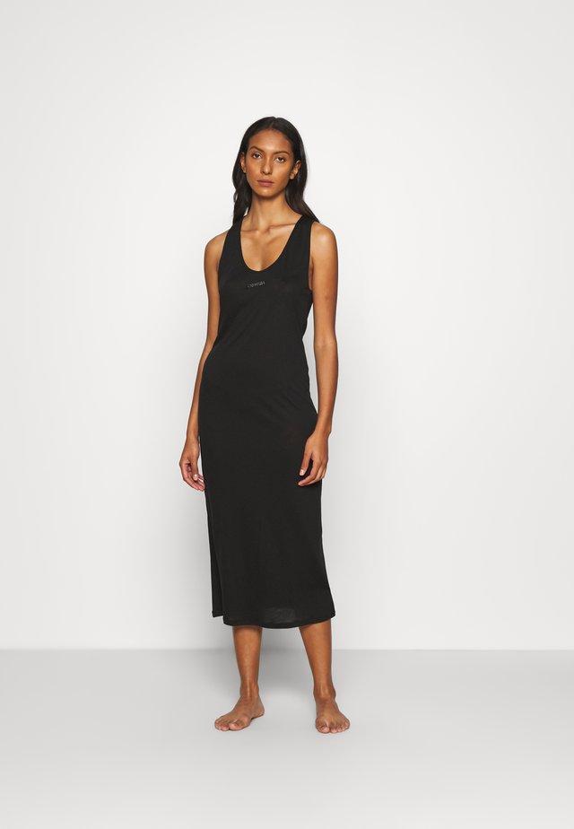 CORE ESSENTIAL DRESS - Ranta-asusteet - black