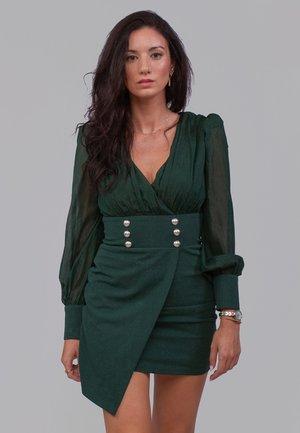 AJUSTADO - Vestido de tubo - verde
