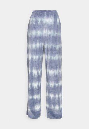 ROXA TROUSERS - Bukse - blue