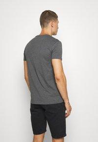 Pier One - Basic T-shirt - mottled dark grey - 2