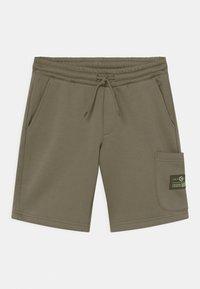 Jack & Jones Junior - JJISTONE 2 PACK - Shorts - deep lichen green - 2